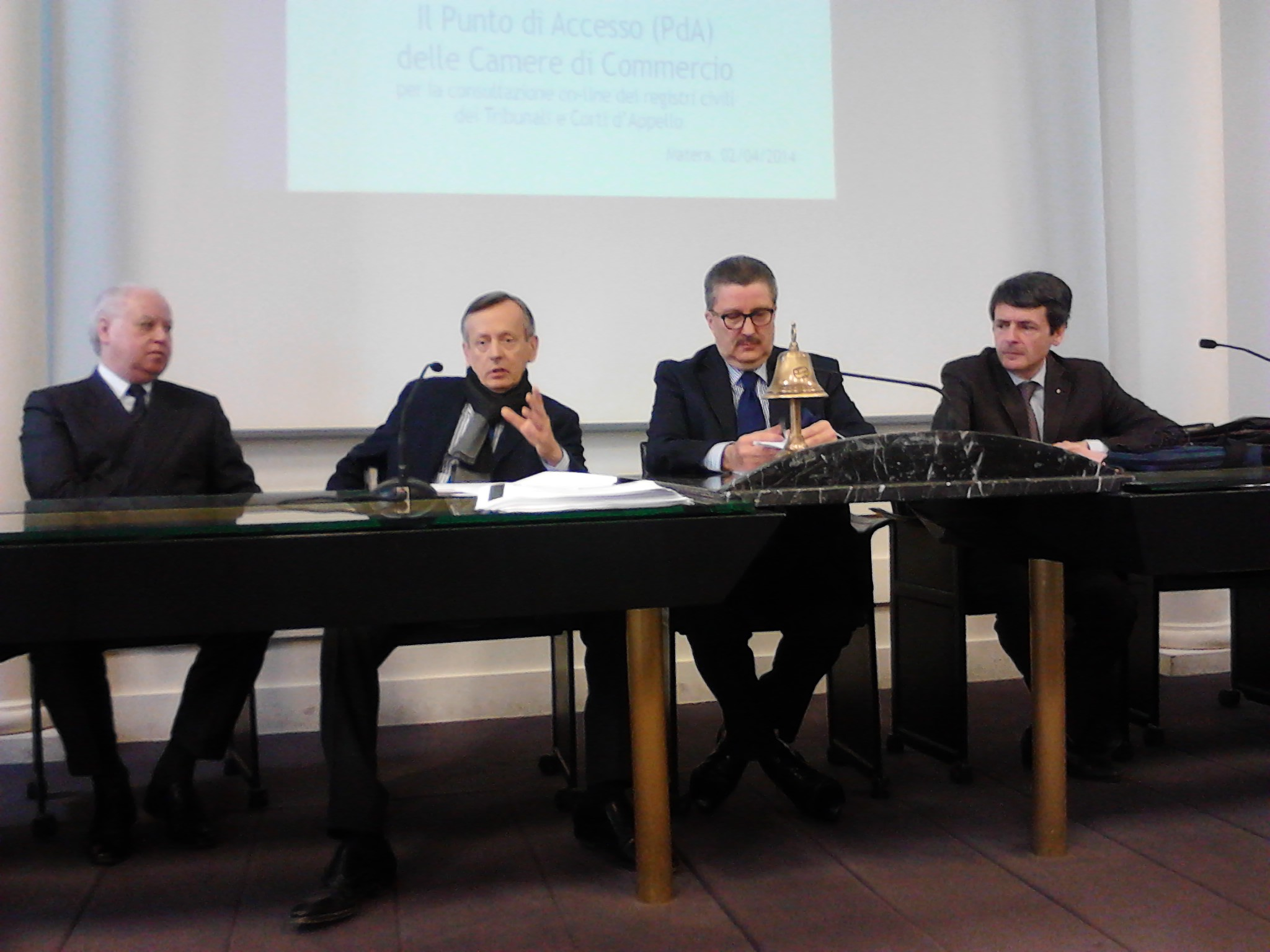 /uploaded/Foto Articoli/cciamt%2C conferenza stampa 2 (2).jpg